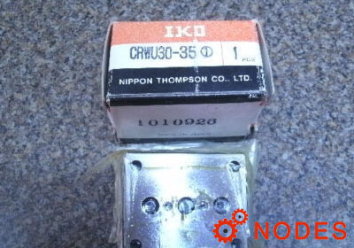 IKO CRWU30-35 crossed roller wa